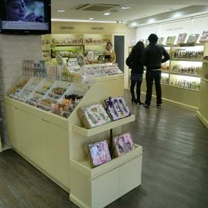 SKIN FOOD梨泰院店(ソウル)