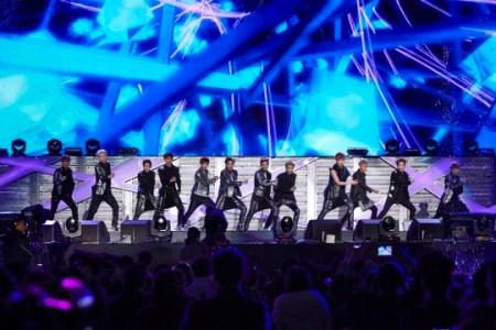 2013年 F(x)&EXO年末コンサート